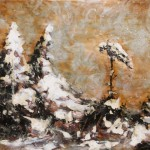 Schnee im verbrannten Wald